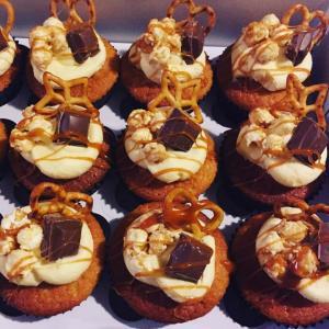 custom cakes perth