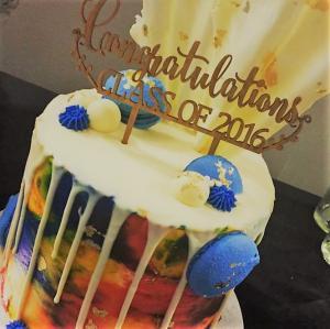 graduation cake perth